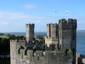 caernarfon_castle_three_turrets