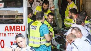 la-fg-israel-palestinians-stabbing-attack-2015-001