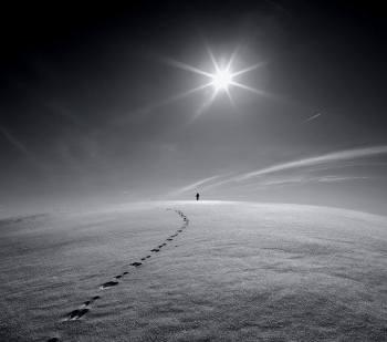 lonely-walker
